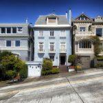 Californie-San-Francisco-maisons-rue-en-pente