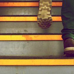Escalier-marches-etapes-realisation-projet